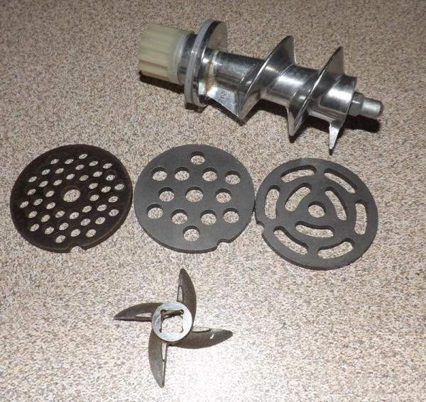 Нож и решетки мясорубки Аксион М 41.02