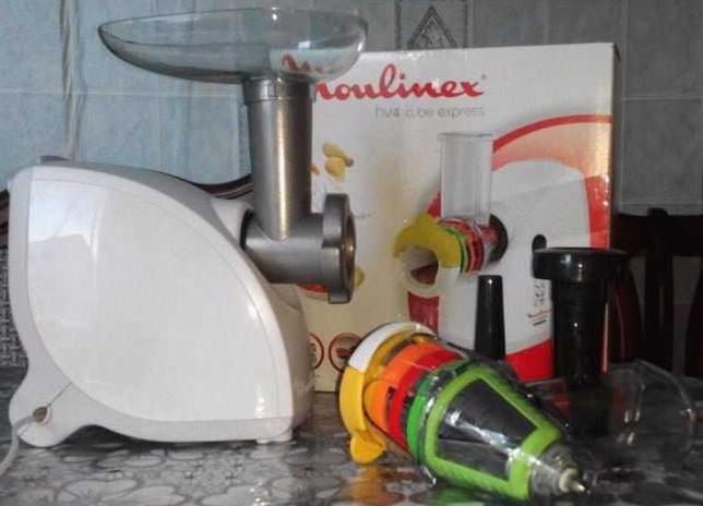 Электромясорубка Moulinex ME456139 HV4
