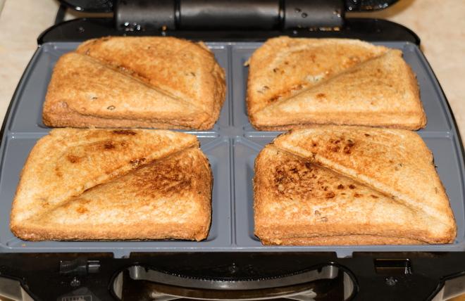 Сэндвич в мультипекаре Редмонд Про рецепт
