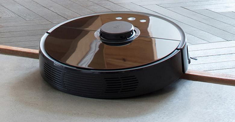 Черный Робот-пылесос Xiaomi Mi Roborock Sweep One s55