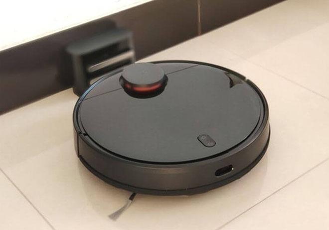 Роботы-пылесосы Xiaomi Mijia Robot Vacuum Cleaner STYJ02YM/STYTJ02YM и Xiaomi Viomi V2 Pro: какой лучше?