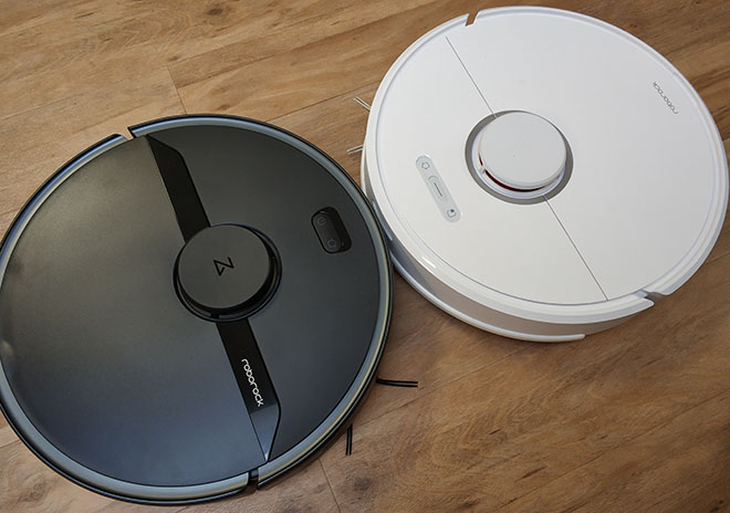 черный робот-пылесос Xiaomi Roborock s6 pure